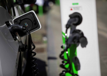 Electric vehicle charging car station