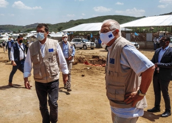 Josep Borrell, on the right, and Janez Lenarčič, on the left, during a visit to the Qoloji Camp for Internally Displaced People, Ethiopia