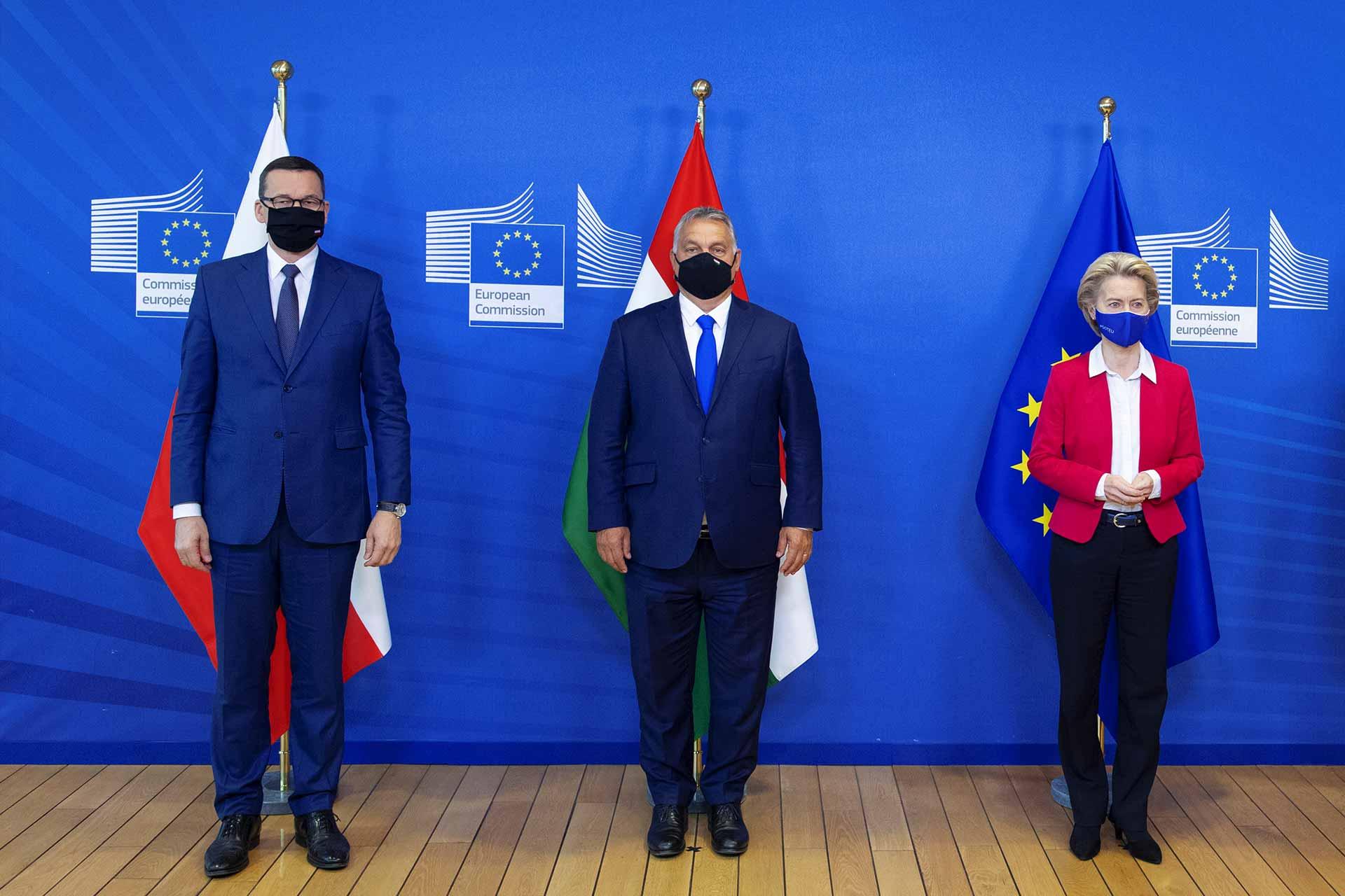 Mateusz Morawiecki, Viktor Orbán, Ursula von der Leyen
