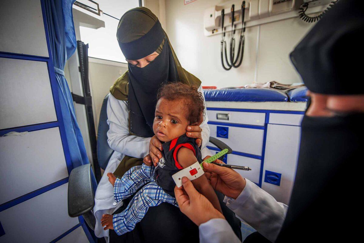 Yemen EU-supported mobile UNICEF health team