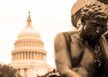 Capitol building USA Washington DC man-statue