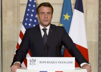 French President Macron: We believe in the strength of American democracy!