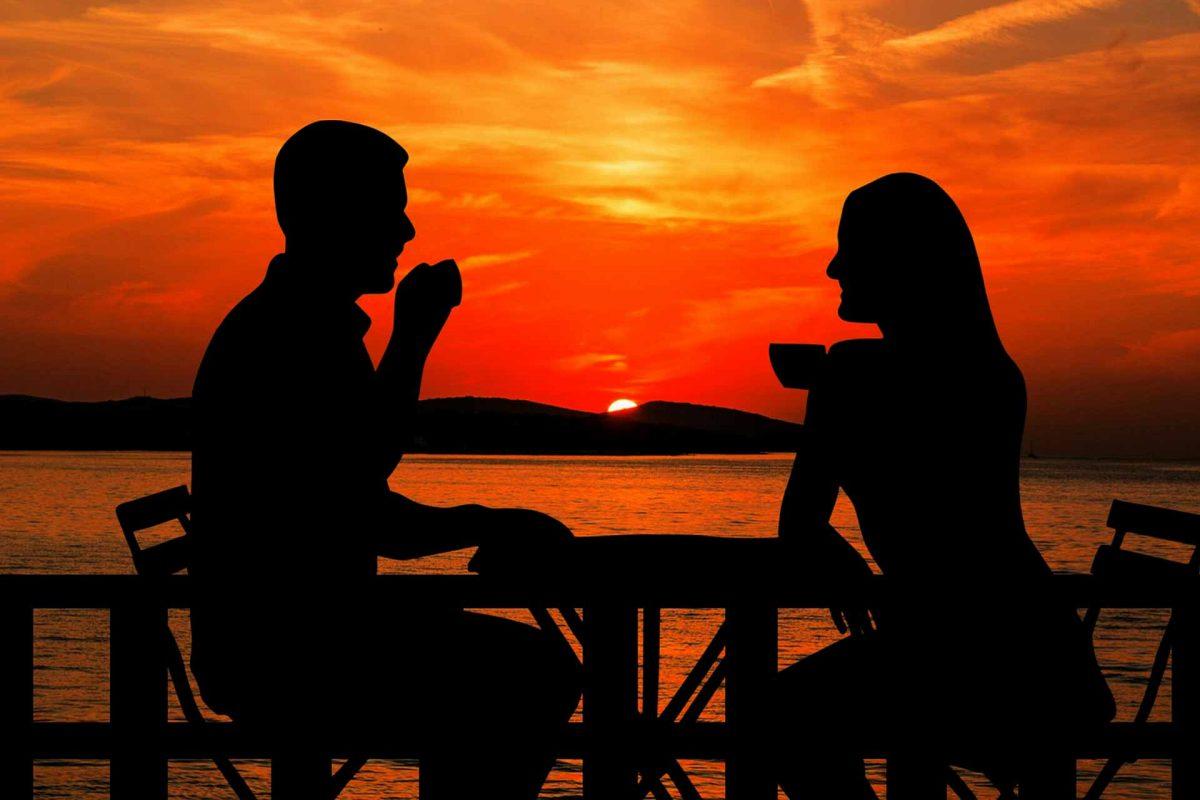 sunset-Summer holidays couple coffee