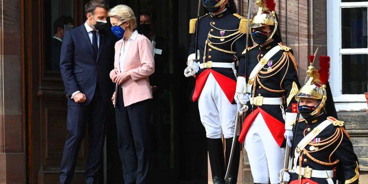 Ursula von der Leyen, Emmanuel Macron
